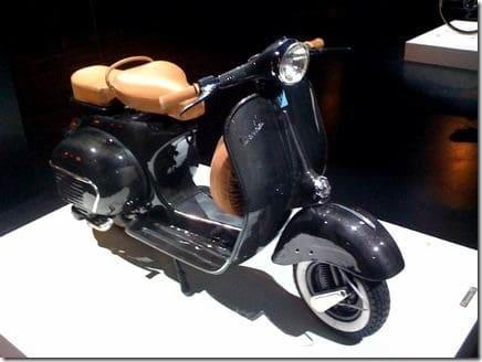carbon-fiber-vespa-gs-scooter-milan-design-week-2